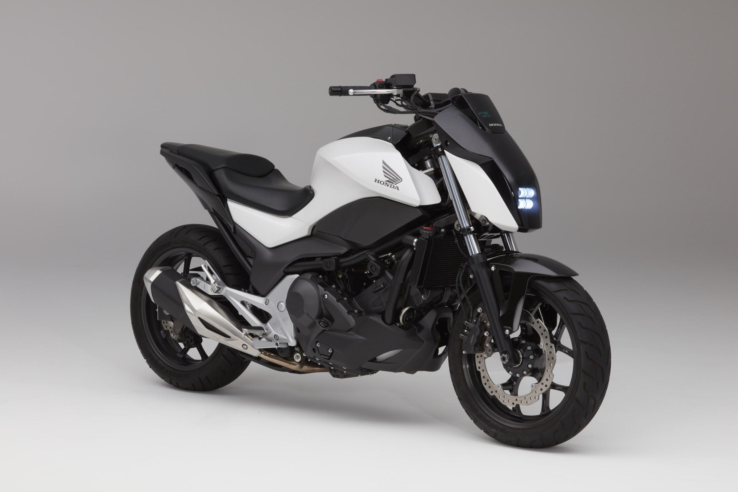 Honda Self Balancing Motorcycle Riding Assist 100801_honda_riding_assist