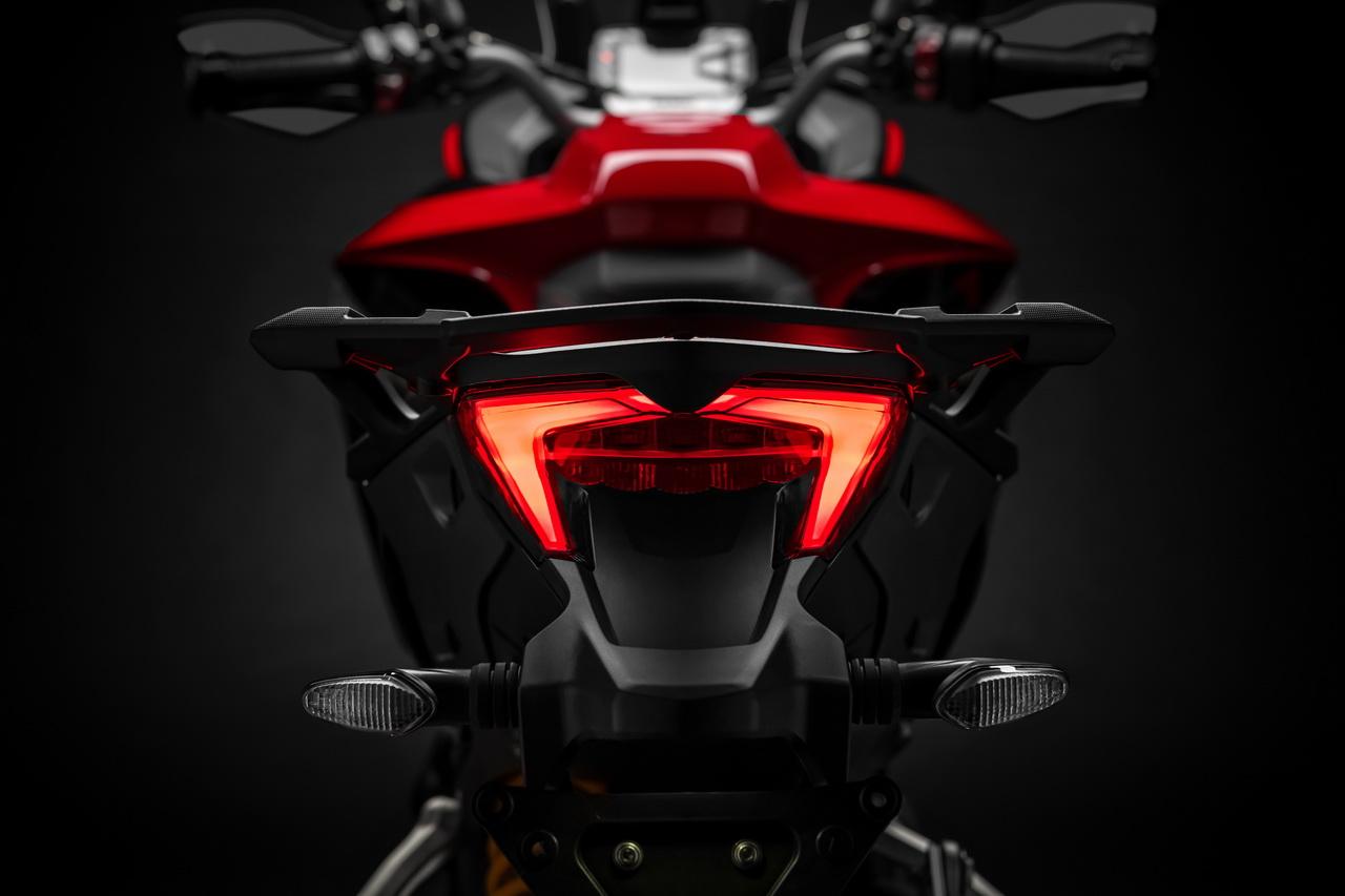 Διαφορετικές είναι και οι ρυθμίσεις της κατανομής της ροπής στα τέσσερα  riding modes που διαθέτει (Sport 9060985bdd4